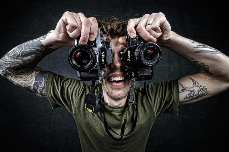 67145927-Camera Swinger Self Portrait (1)